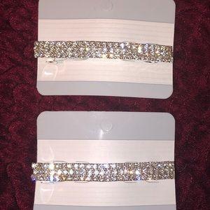 Accessories - Set of 2 sparkly rhinestone barrettes